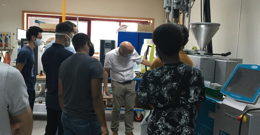 Visite des équipements présents à l'INSA Lyon sur le site d'Oyonnax