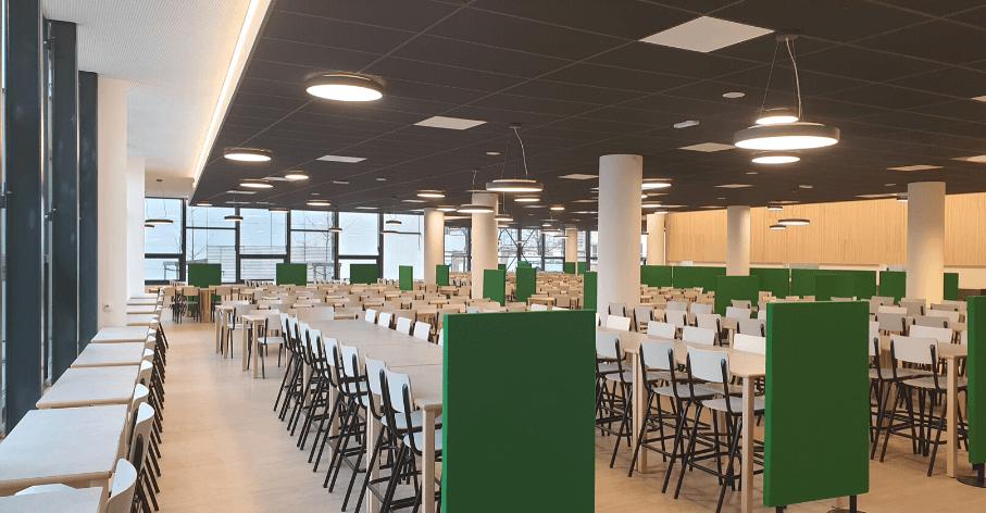 Salle à manger du restaurant universitaire du site Monod, ENS de Lyon - Gerland - © Université de Lyon